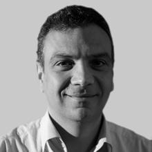 Ahmet  Özkara